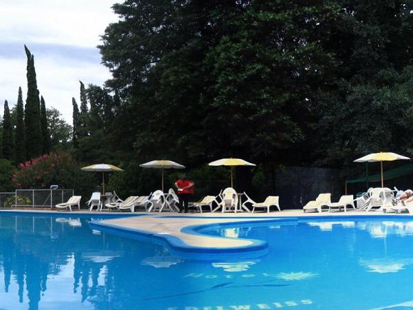 holiday inn villa general belgrano: